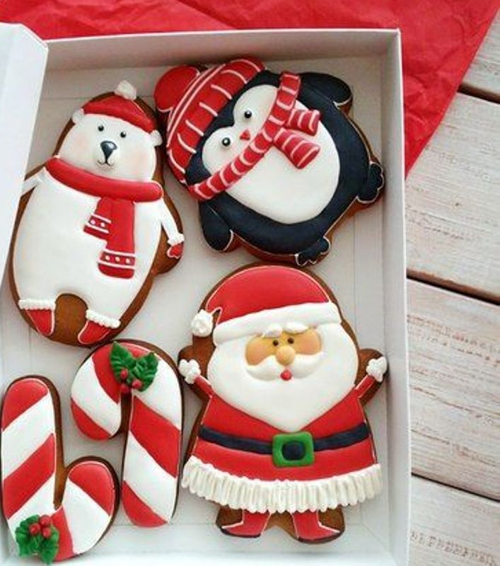 CHRISTMAS  FIGURES COOKIES