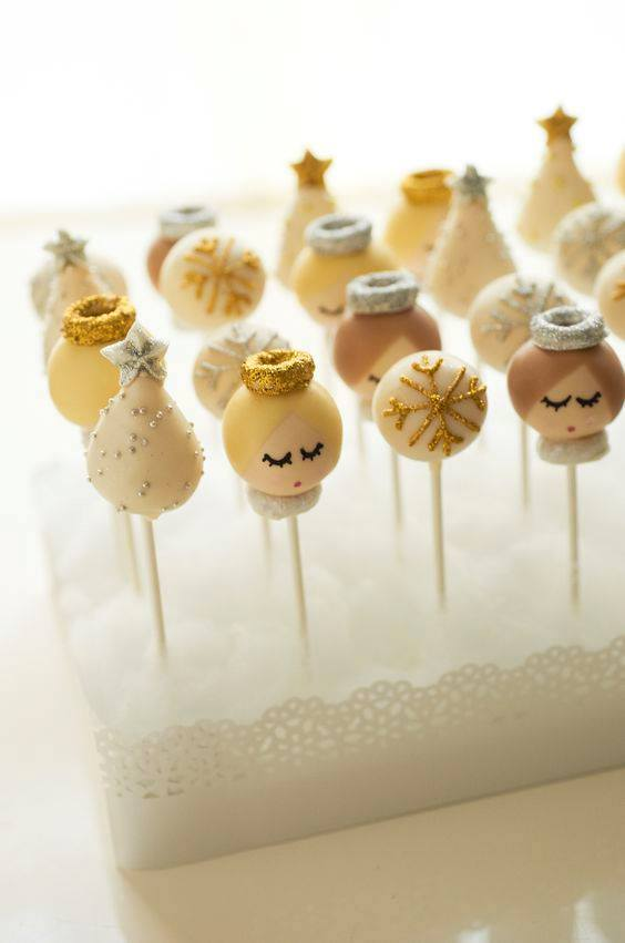 CAKE POPS: XMAS ANGELS