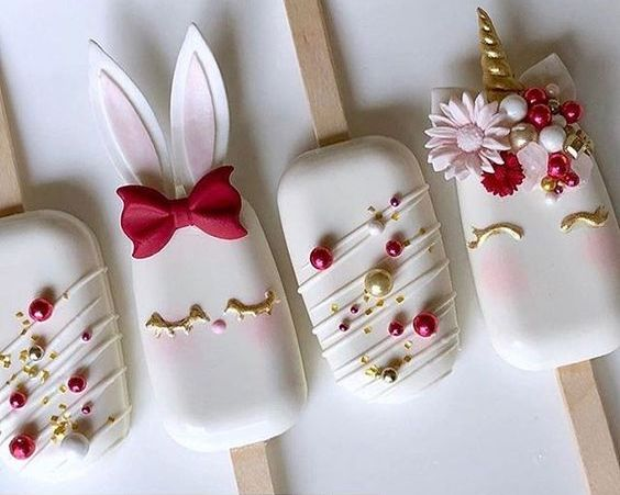 CUTE BUNNIES CAKE POPS