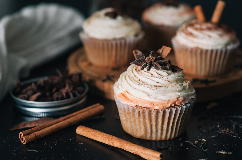 CUPCAKES  (ΓΕΜΙΣΕΙΣ & TOPPINGS)