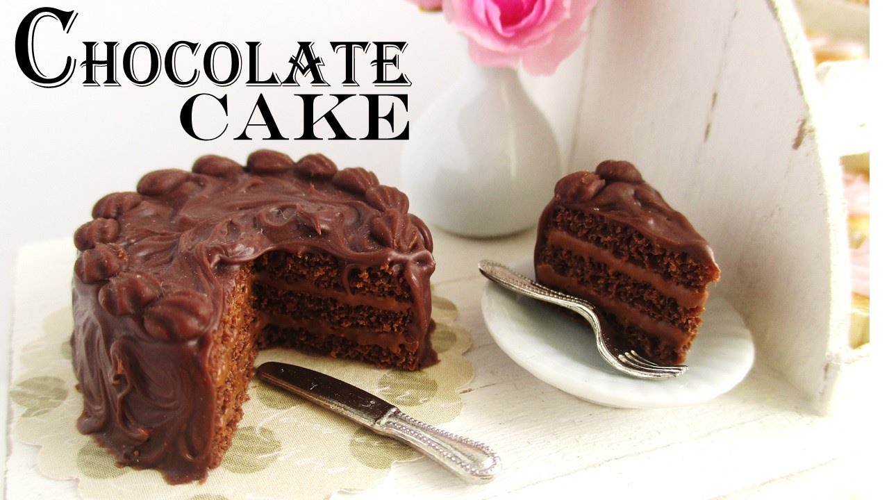 TRIPPLE CHOCOLATE CAKE